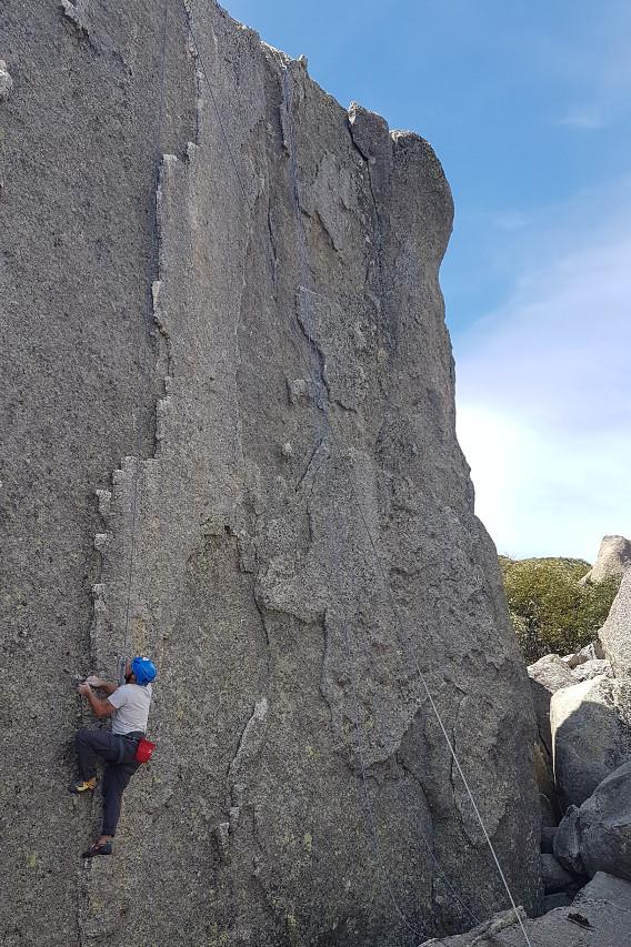 Rock Climbing Gallery Image (568x853)